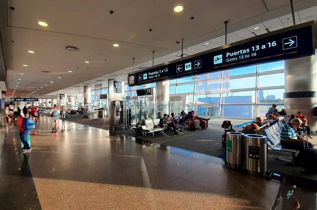 El tráfico aéreo no regresa a Argentina el 1° de septiembre