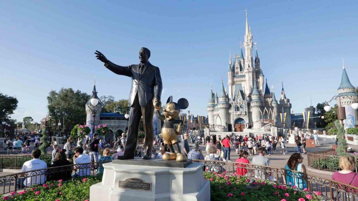 Walt Disney World planea suspender sin goce de sueldo a 43.000 empleados #Coronavirus 9