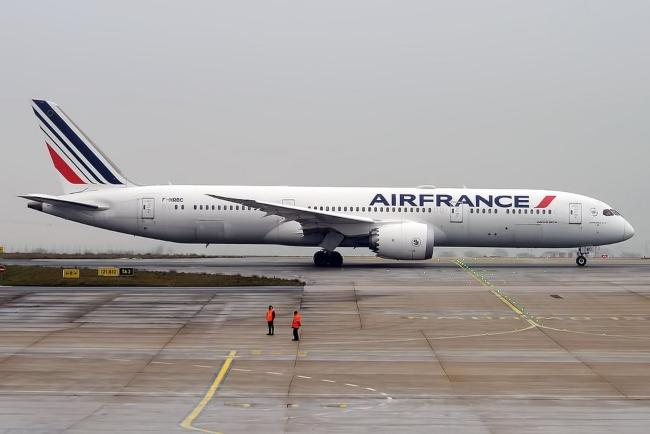 Air France prohibirá a los pasajeros que tengan más de 38° de temperatura a abordar los aviones 1