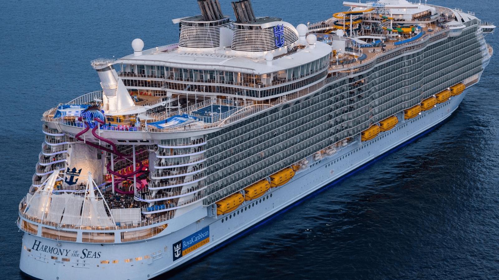Royal Caribbean confirma la suspensión temporal de las operaciones de cruceros globales hasta el 31 de julio 3