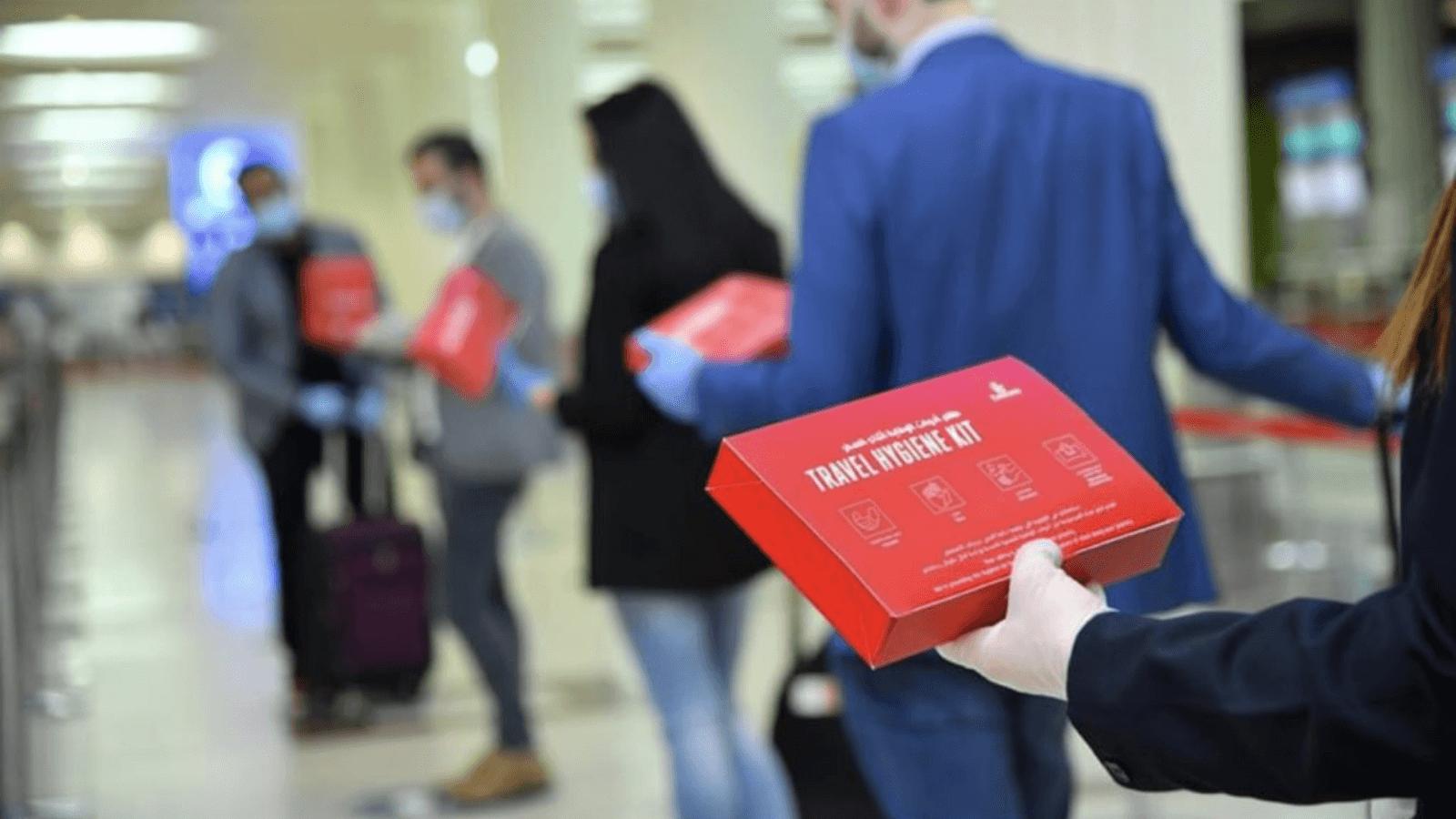 Emirates lanza un 'kit de higiene de viaje' para entregar a todos sus pasajeros a bordo 2