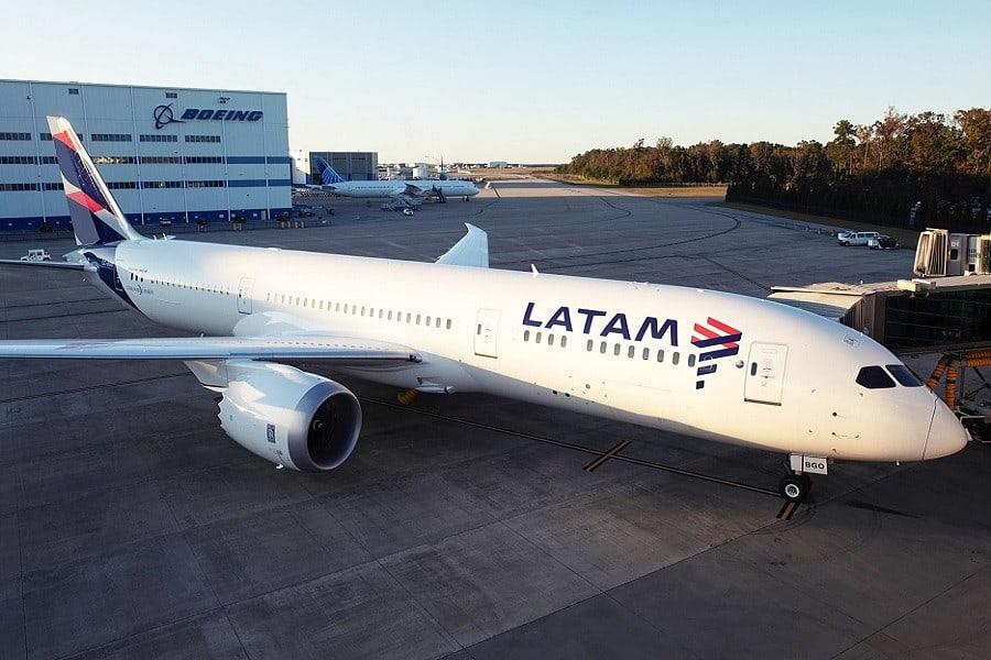 Latam Airlines cesa sus operaciones en Argentina