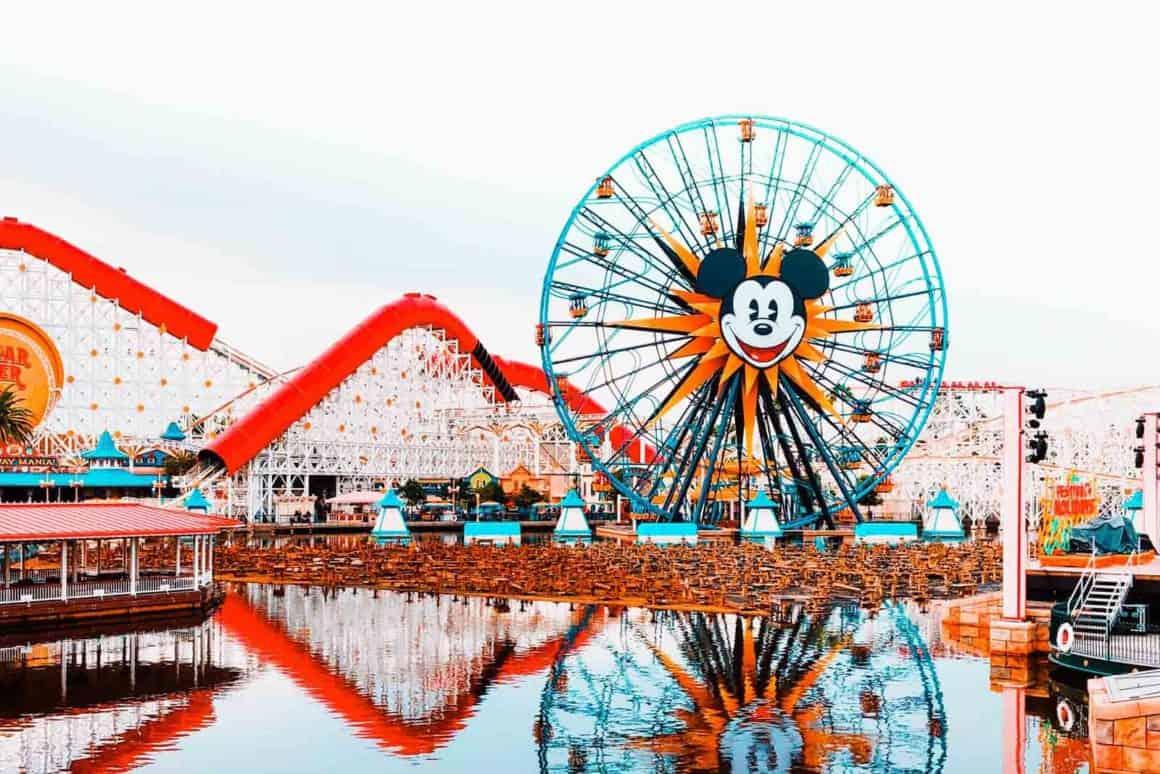 Disneyland proyecta reabrir en Julio y para su cumpleaños número 65 4