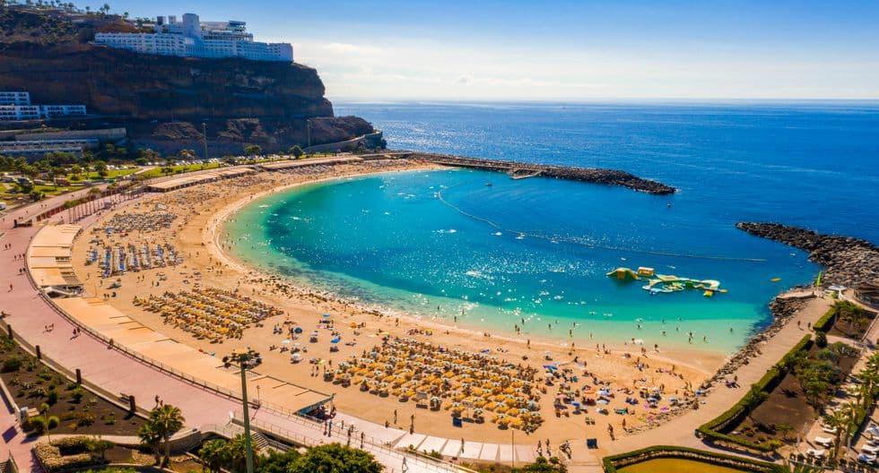 Hoteleros de Canarias buscan concretar la creación de una aerolínea propia para vuelos entre el archipiélago y la Península 2