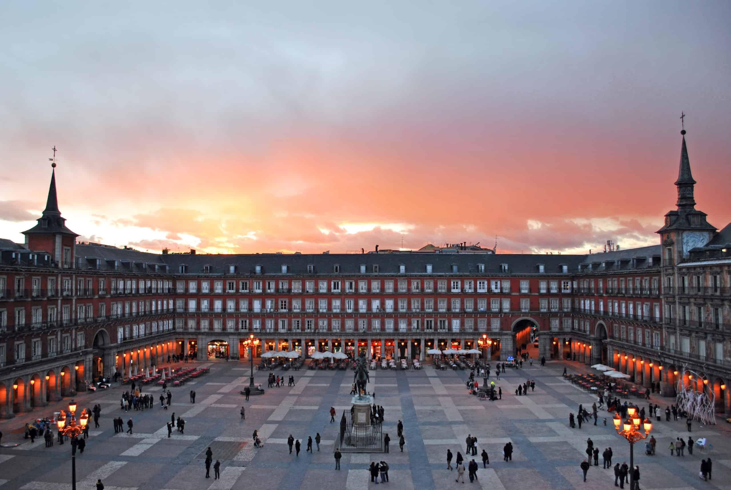 Madrid ofrece visitas temáticas guiadas a 1 euro para recuperar el sector turístico