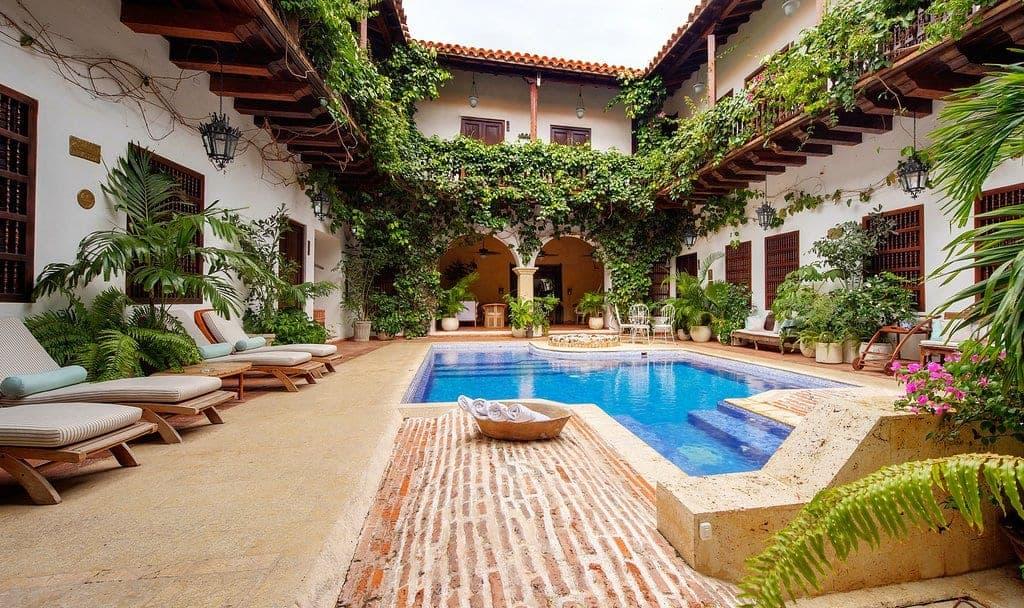 Presentan en Colombia una plataforma digital propia para promocionar la amplia oferta de alojamientos en el país