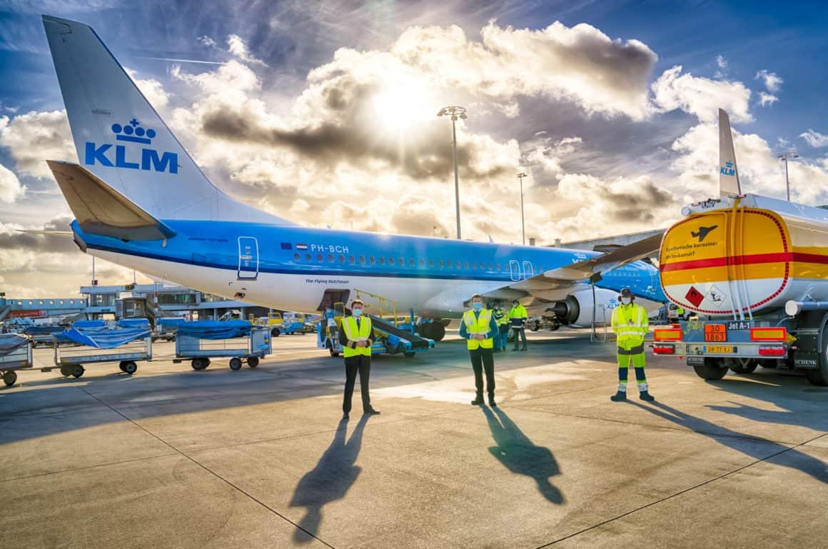 KLM y Shell realizan el primer vuelo de pasajeros con combustible sostenible de aviación sintético 8