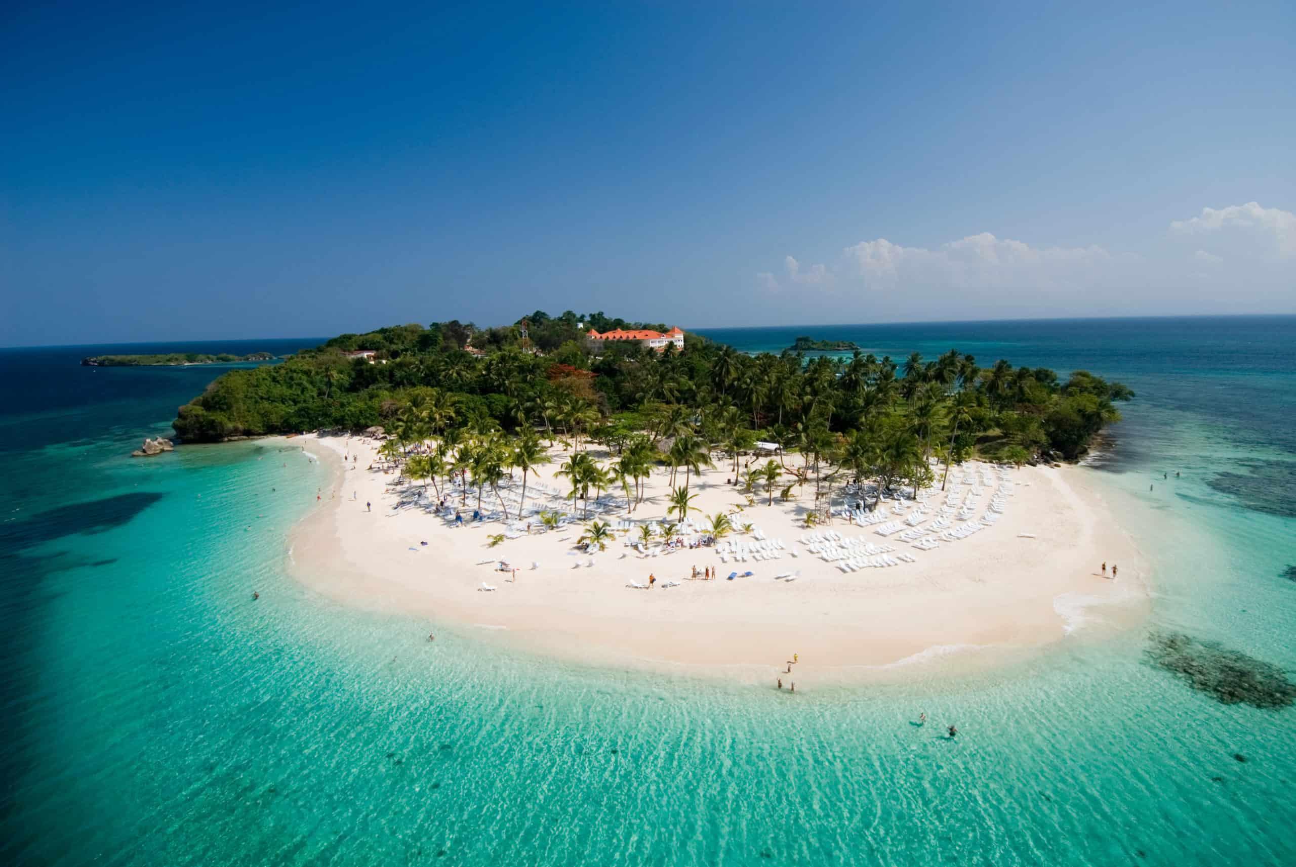 Beach Cayo Levantado