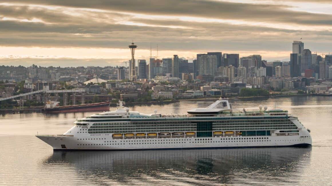 Royal Caribbean inaugura el regreso de la temporada de cruceros a Alaska con 'Serenade of the Seas' 8