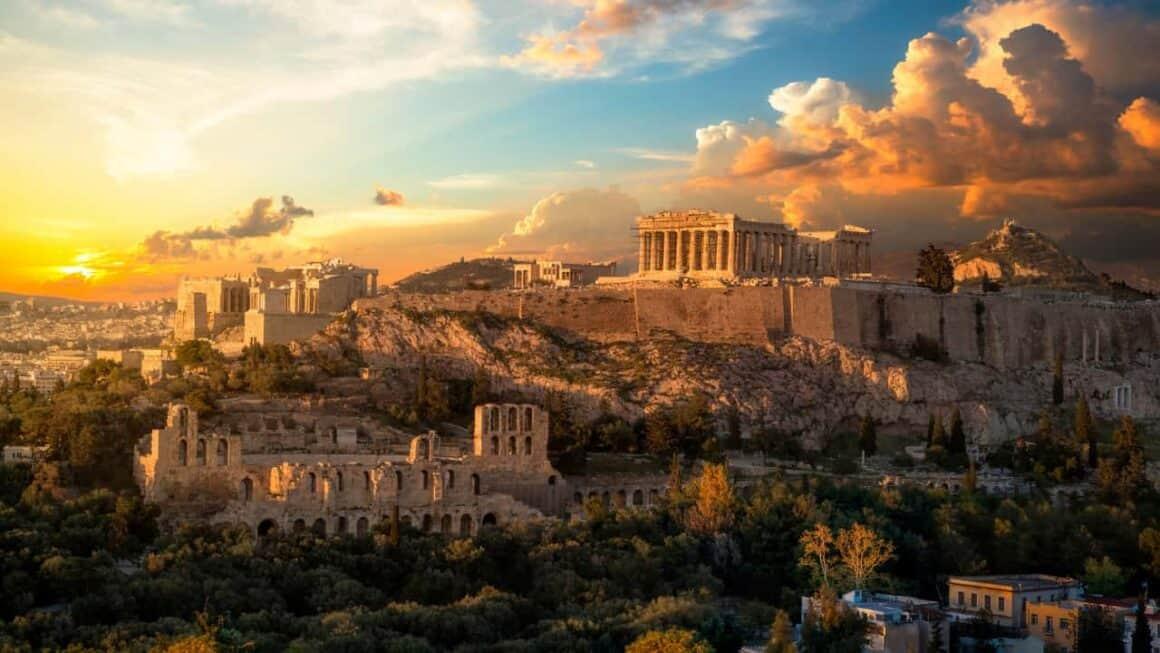 Atenas comienza un nuevo estudio sobre la capacidad de carga turística para impulsar mejores políticas de gestión 1